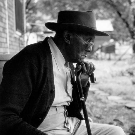 """'A Long Hungry Look': Forgotten Gordon Parks Photos Document Segregation"""