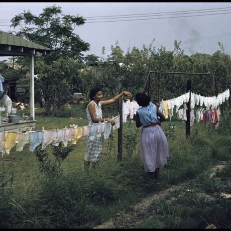 """THE JIM CROW SOUTH: GORDON PARKS PHOTO SERIES ON EXHIBIT"""