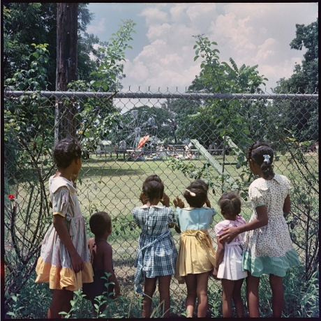 """""""Gordon Parks' Photographs Tell A 'Segregation Story' At The High"""""""