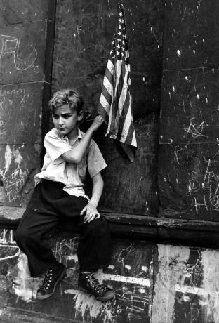 dan weiner, new york, 1948, howard greenberg gallery, 2019