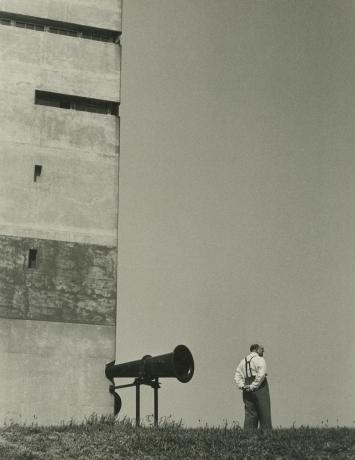 dan weiner, montauk point, long island, new york, 1949, howard greenberg gallery, 2019