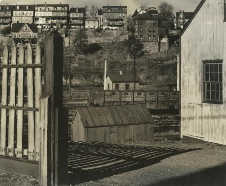 Walker Evans, Phillipsburg, New Jersey, 1935, Howard Greenberg gallery, 2019