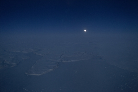 THOMAS KNEUBÜHLER | HORIZON EAST| DAYS IN NIGHT | C-PRINT | 18X 28INCHES | 2013