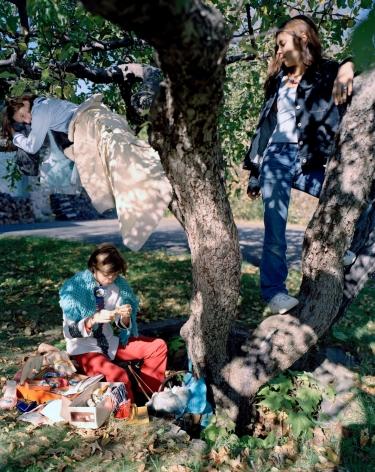 ÈVE K. TREMBLAY   L'ARBRE DE LA CONNAISSANCE   C-PRINT   50 X 40 INCHES   2001