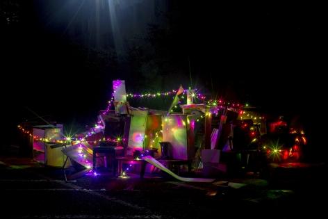 JINYOUG KIM | LAST NIGHT | ÉPREUVE CHROMOGÈNE | 40 X 60 POUCES| 2017