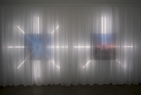 MICHAELA. ROBINSON | #BEACH AND #LONGSUMMERNIGHTS |SOCIAL MEDIA LOADING IMAGES,LED LIGHT FIXTURES, TRANSPARENT CURTAIN | 120 X 240 INCHES | INSTALLATION VIEW | DIAGONALE | MONTREAL | 2018