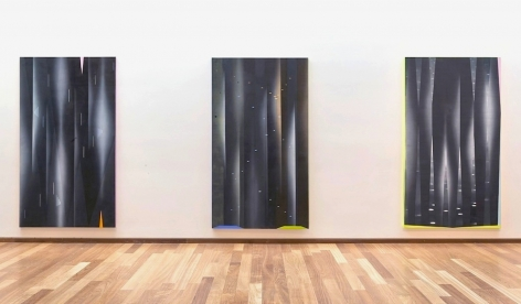 JANET JONES | VUE D'EXPOSITION| DADA DELIRIUM EXHIBITION| TOM THOMPSON ART GALLERY | 2009