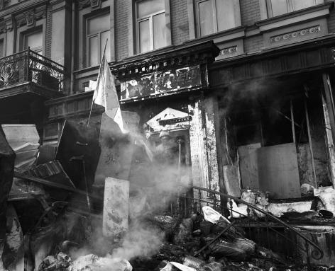 PAVEL WOLBERG, Untitled, White Flag (Kiev, 11 February 2014), 2014