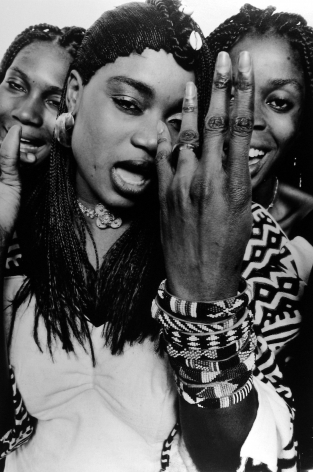 William Klein, Oumou Sangare, Top Pop Singer in Mali, Paris, 1992