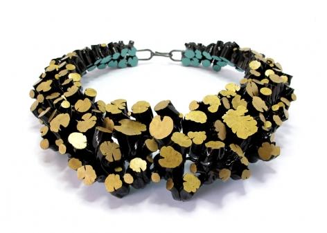 Terhi Tolvanen, wood, dots, necklace