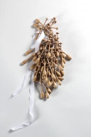 Anna Rikkinen, contemporary jewelry, Finnish, Dutch, Wood