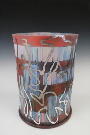 Jeff Schwarz Stack s/n 2016_9_21 Ceramic, silverleaf 23 x 16 x 16 in. / 58.4 x 40.6 x 40.6 cm.
