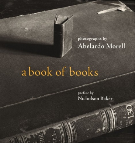 A Book of Books; Bulfinch Press, New York (USA), 2002.