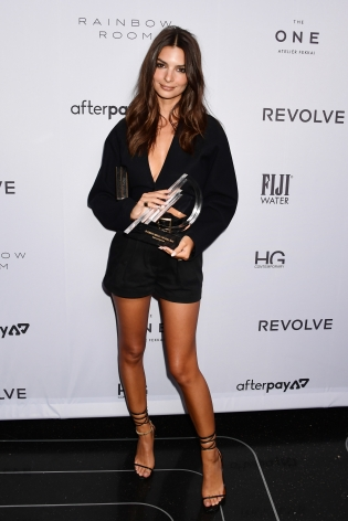 Emily Ratajkowski at Hg Contemporary x Fashion media awards