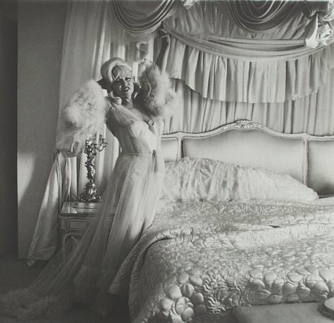 Diane Arbus - Mae West in her Bedroom