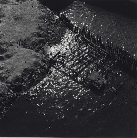 Jerome Liebling - Looking Down Manhattan Bridge