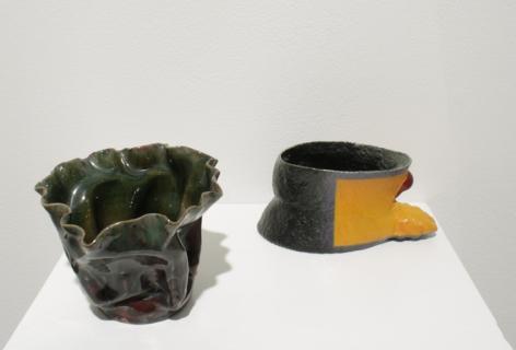 Green Vase & Tail Dragger