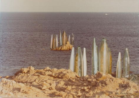 Hutchinson - Tubes at Coast near St. Tropez