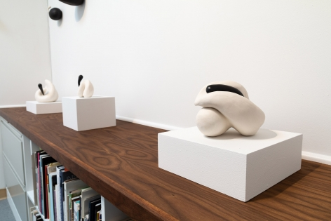 """Maya Vivas - selections from """"i have no choice but to suck the juice out, and who am i to blame"""" - July/August 2019 - Russo Lee Gallery - Installation view 07"""