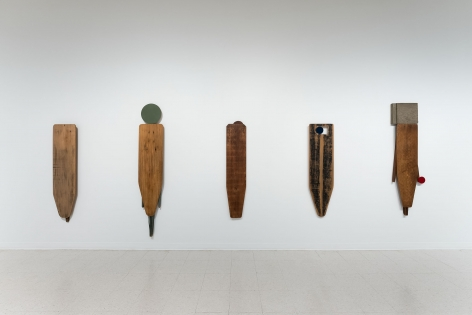 Gina Wilson - teeter taught her - September 2–October 2, 2021 - Russo Lee Gallery - Installation View 06