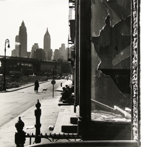Rebecca Lepkoff - Broken Window, South Street, NYC, 1947 - Howard Greenberg Gallery