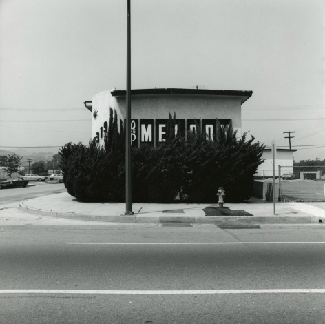 Frank Gohlke - Landscape, Los Angeles, 1974 - Howard Greenberg Gallery