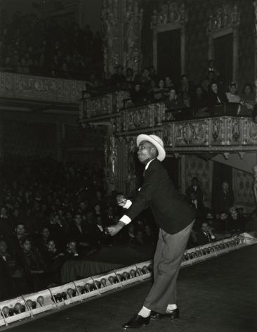 Aaron Siskind - Apollo Theater, Harlem, c.1937 - Howard Greenberg Gallery