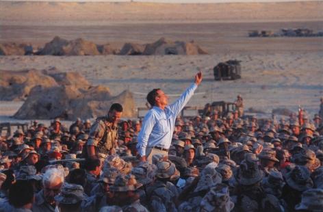Diana Walker - President Bush visiting troops preparing for Operation Desert Storm, Thanksgiving, Saudi Arabia, December 20, 1990 - Howard Greenberg Gallery - 2018