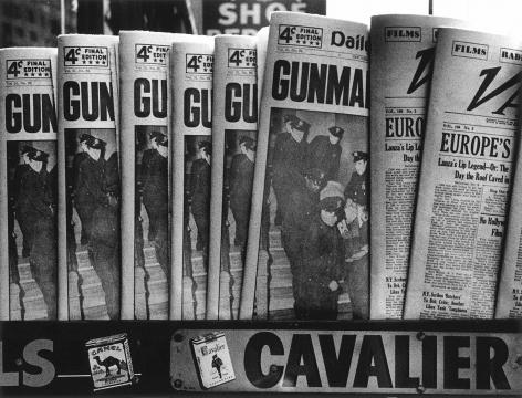 William Klein - Gun, Gun, Gun, New York, 1955 - Howard Greenberg Gallery