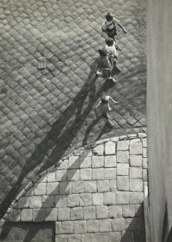 Imre Kinszki - Boys from Above, c.1930 - Howard Greenberg Gallery