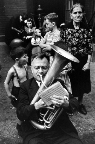 Circa 1947: The Founding of Magnum 2004 Howard Greenberg Gallery Henri Cartier-Bresson