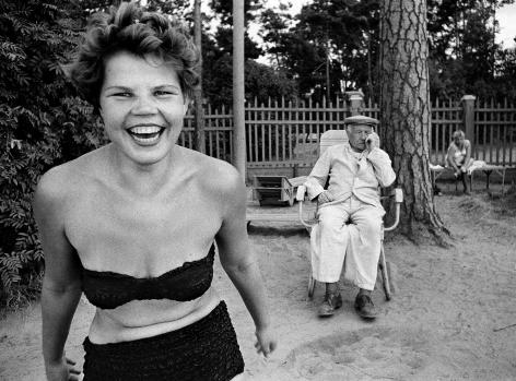 William Klein - Bikini, Moscow, 1959 - Howard Greenberg Gallery