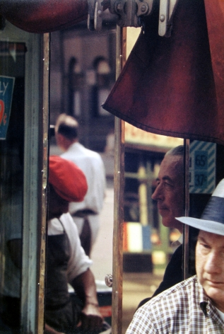 Saul Leiter - Reflection, 1958 - Howard Greenberg Gallery - 2018