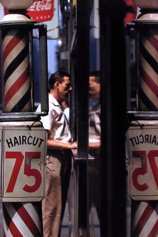 Saul Leiter - Haircut - 1956