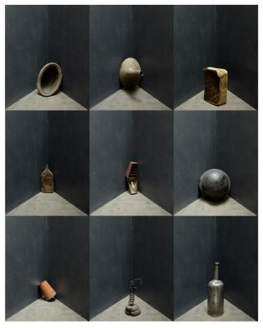 Joel Meyerowitz - Nine Objects, 2013 - Howard Greenberg Gallery