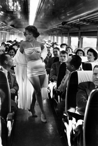 Dan Weiner - Fashion Show on Board the New York, New Haven, and Hartford Railroad's Show Train, 1949 - Howard Greenberg Gallery