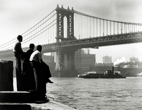 Harold Roth - Boys on East River Pier, Manhattan Bridge, 1948 - Howard Greenberg Gallery