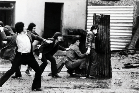 Don McCullin, Attacking Army, Londonderry, Northern Ireland, 1971, Howard Greenberg Gallery, 2019