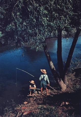 Marion Post-Wolcott - Boys fishing in Southern U.S., Schriever, LA, June 1940 - Howard Greenberg Gallery