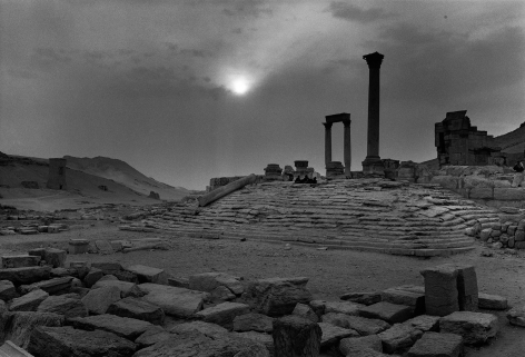 Don McCullin, The temple of flags, Palmyra, c.2006-09, Howard Greenberg Gallery, 2019
