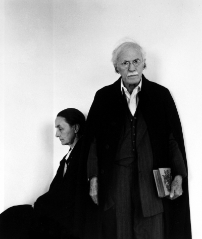 Arnold Newman - Alfred Stieglitz and Georgia O'Keeffe, 1944 - Howard Greenberg Gallery