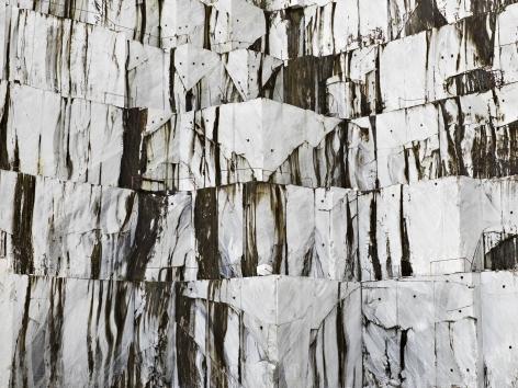 Edward Burtynsky - Carrara Marble Quarries, Cava di Canalgrande #1, Carrara, Italy 2/9, 2016 - Howard Greenberg Gallery - 2018