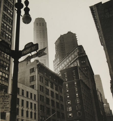 Rebecca Lepkoff - Lower Manhattan, 1940s- Howard Greenberg Gallery