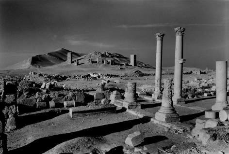 Don McCullin, Looking towards the Valley of the Tombs, Palmyra, 2005, Howard Greenberg Gallery, 2019