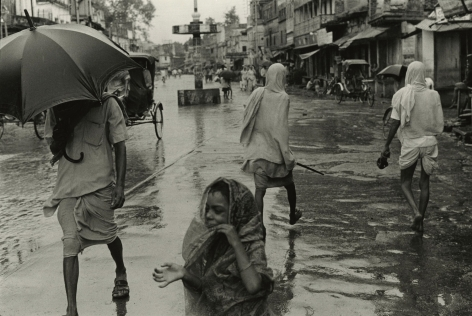 William Gedney - Benares, India, c.1969 - Howard Greenberg Gallery
