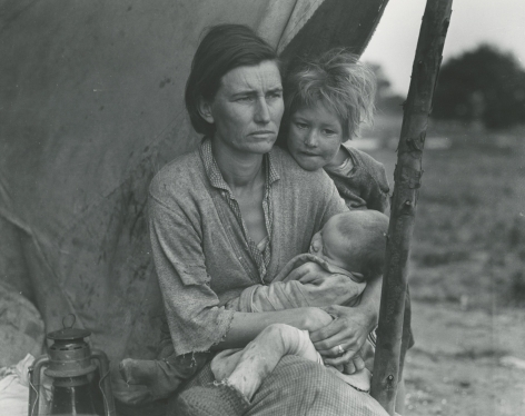 Dorothea Lange  Migrant Mother, Nipomo, California, 1936 Gelatin silver print; printed later 7 1/2 x 9 1/2 inches, Howard greenberg gallery, 2020