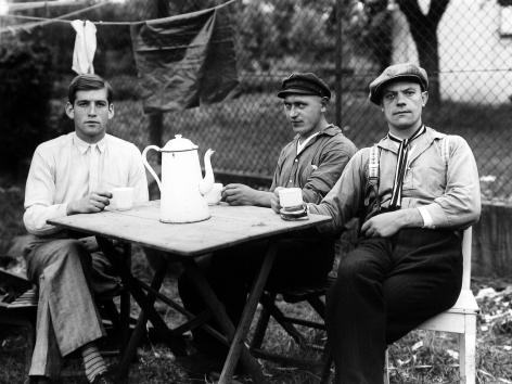 August Sander - Circus Workers, Koln, 1926 - Howard Greenberg Gallery