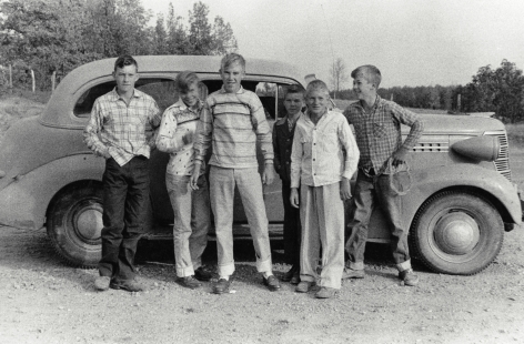 Robert Frank - Teenagers in Tennessee - They Drive the Car, 1950 - Howard Greenberg Gallery