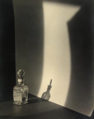 Jaromir Funke - Still-life, c.1923 - Howard Greenberg Gallery