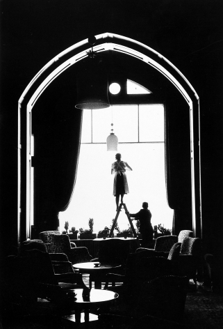 Henry Wolf - Cleaning Women on Ladder, 1963 - Howard Greenberg Gallery